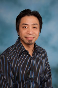2011 Exceptional Classified Staff Award honoree Wei Zhuang