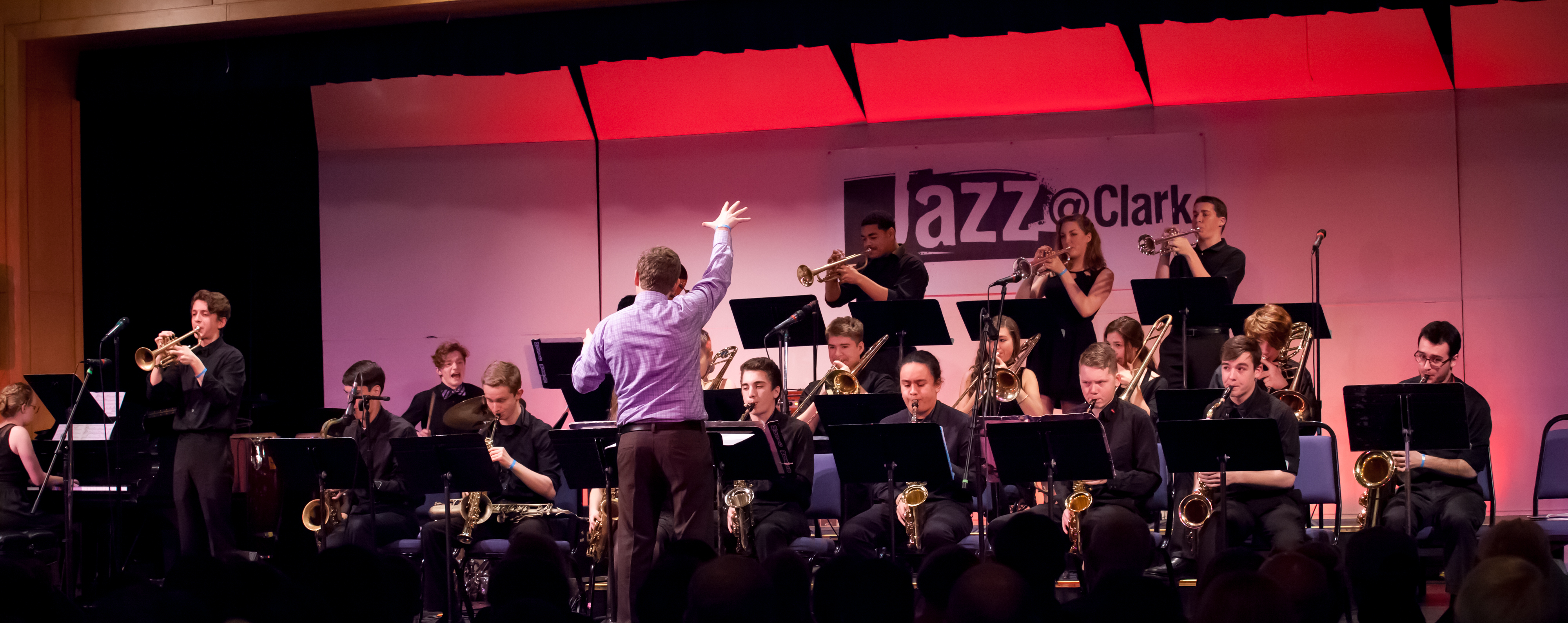 Students performing at Jazz fesitval