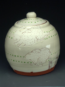 Ayumi Horie ceramic jar with engraved rabbits