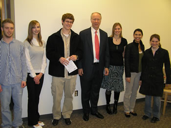 Following the student forum, Gergen greeted students from the Clark College Students for Political Activism Now! (SPAN!) Club.