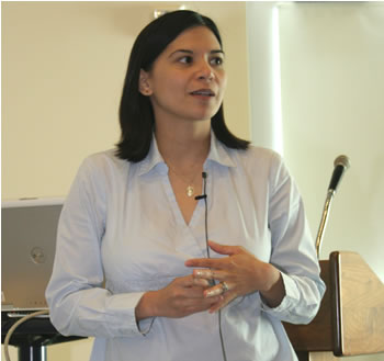 Journalism professor Christina Kopinski leads the fall 2008 Faculty Speaker Series event