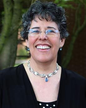 Priscila Martins-Read