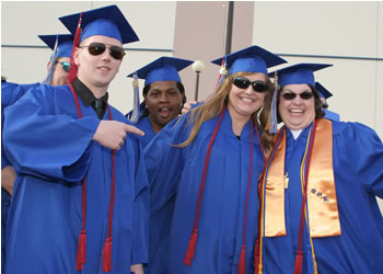 Smiling members of the Class of 2007